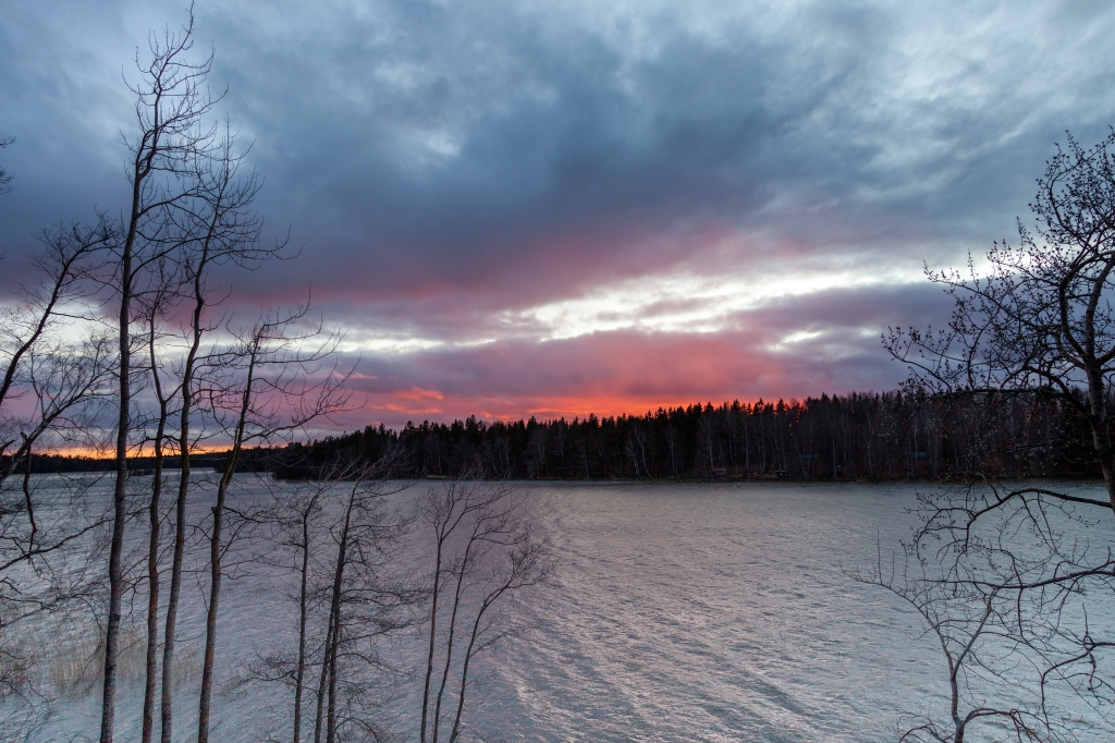 1st week in Lohja, escaping coronavirus, sunset in Lohjanjärvi