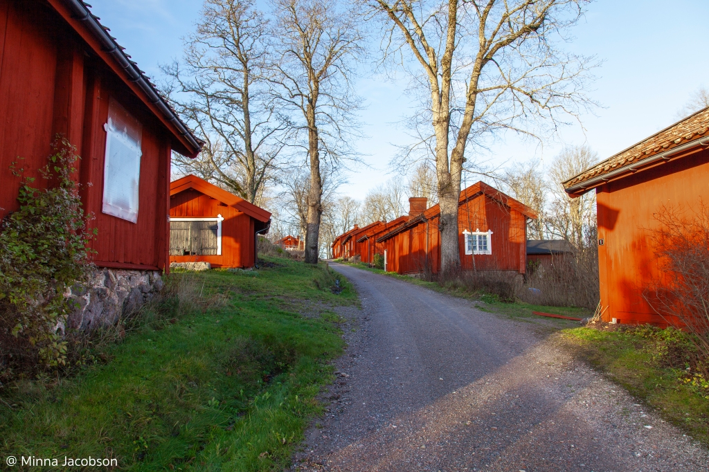 agervik ironworks road and the blacksmiths cottages, which are nowadays for rental use, Inkoo Finland